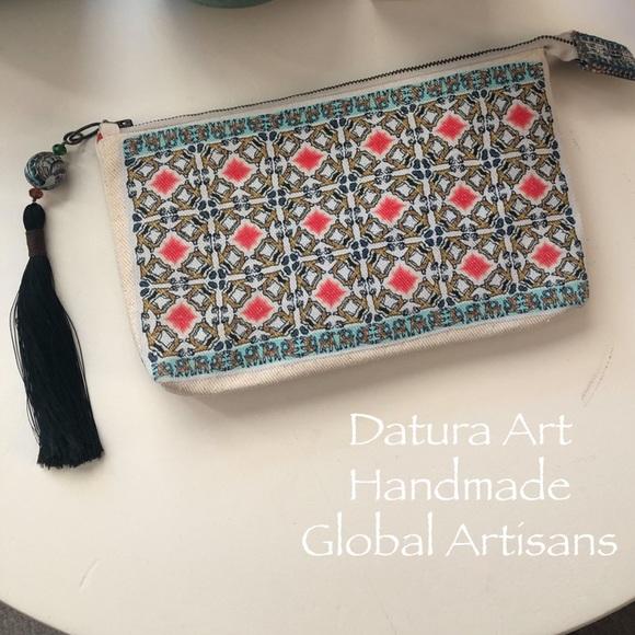 Datura Art Handmade Global Artisans zip pouch